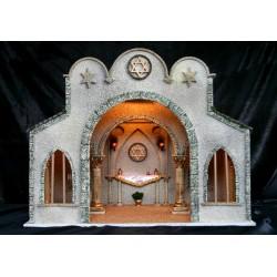 Sinagoga con amplisima estancia interior.