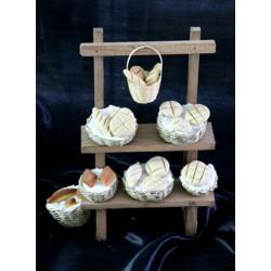 Puesto de mercado con estanterías con cestos de pan. Medidas: 16x6,5x16