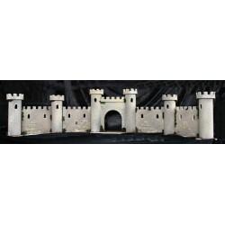Muralla con puerta de entrada. Las murallas. los Torreones y la Puerta van en modulos separados.